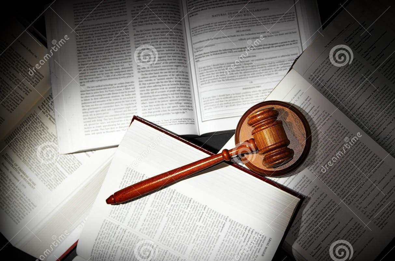 law-books-gavel-18688110